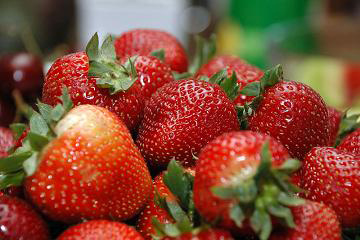 800px-Bowl_of_Strawberries
